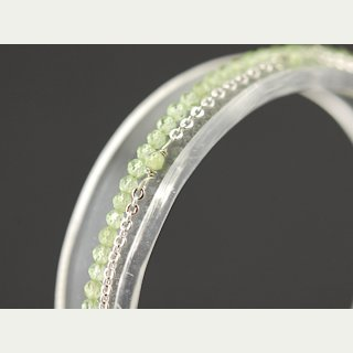 Delicate peridote bracelet - faceted 2 mm spring green, silver /8847