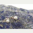 8013/ Studs - cultured pearls, 4 mm, white